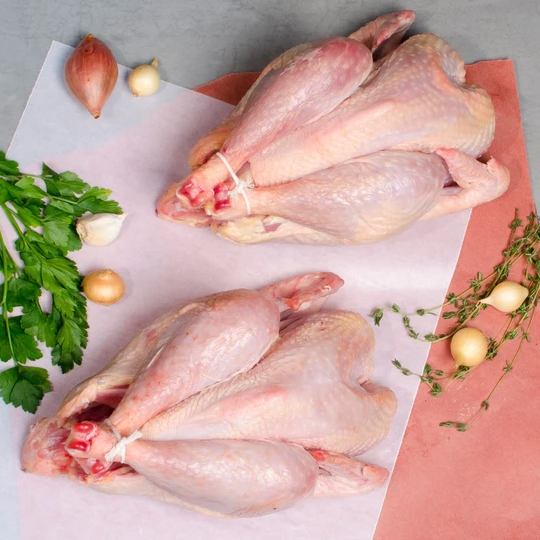 <strong>Chicken<br>Whole</strong><br><em>$6 per pound</em>